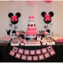 zebra-pink-minnie-mouse-inspired-birthday-party_djed-2